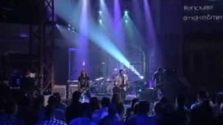 Lifehouse - All In (Live on Lopez Tonight 15th July 2010)