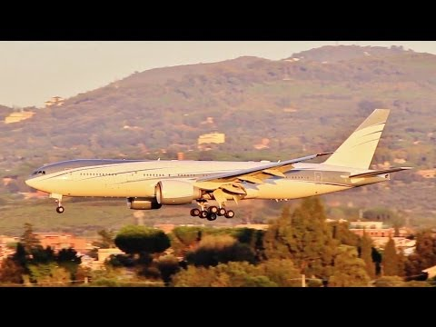 Private Boeing 777-200LR [VP-CAL] sunset landing at Rome Ciampino LIRA RWY 33
