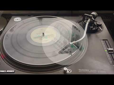 Steve Bug & Langenberg: Chord Cluster