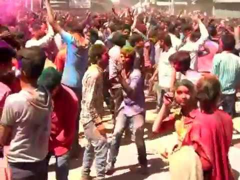 holi-celebration-mandi-himachal