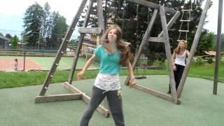 Russian girls dancing