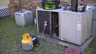 Video HVAC Service Training-  Condenser Refrigerant Leak Repair download MP3, 3GP, MP4, WEBM, AVI, FLV Agustus 2018