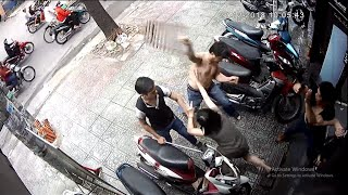 Đánh người dã man vì vũng nước trước nhà