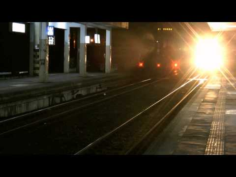 [HD] The Taiwan TRA up Local Train No. 2844 (Pingtung To Kaohsiung) EMU 500 at Fengshan Station