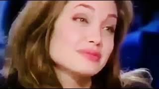 اجمل لقطه من انجلينا جولي 18+
