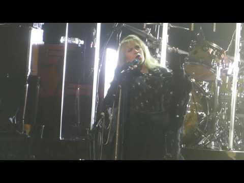 """Stand Back & Prince Meeting Story"" Stevie Nicks@Royal Farms Arena Baltimore 3/26/17"