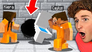 Can You ESCAPE FROM PRISON In MINECRAFT w/ Girlfriend