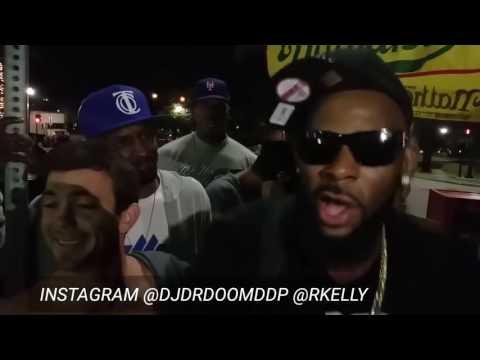 R. kelly singing Bump n grind