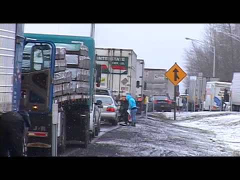 Winter Storm Slams Siskiyou Mountain Pass - Dec 20th, 2012
