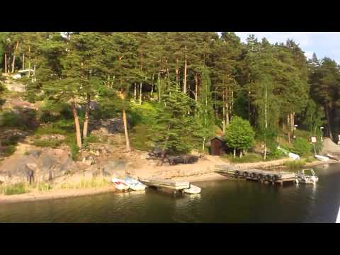 Travelling through Stockholm archipelago