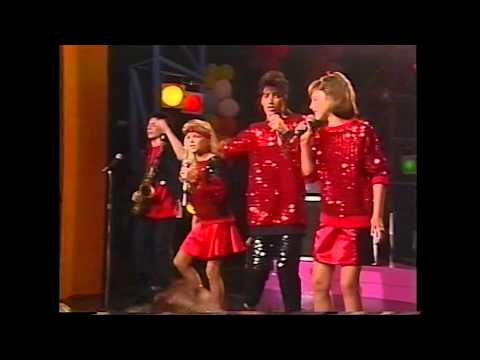 KIDS Incorporated - It's Still Rock And Roll To Me (720p HD Remaster)