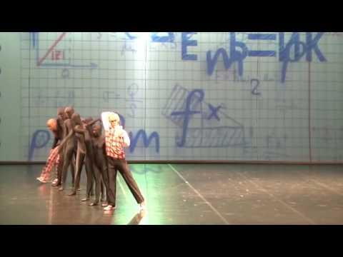 Фрагмент спектакля Московского театра Новый балет Удивительный сон 6