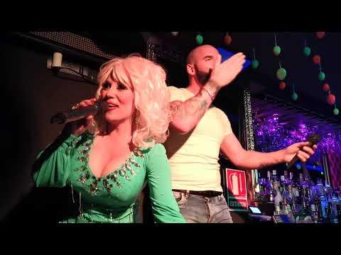 Kelly O Brian is Dolly Parton mp3