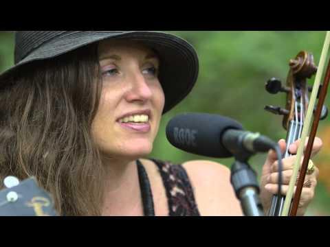 Jolie Holland - Tell Me That It Isn't True (Live on KEXP @Pickathon)