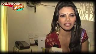 Repeat youtube video Sherlyn Chopra Kamasutra 3D photos LEAKED