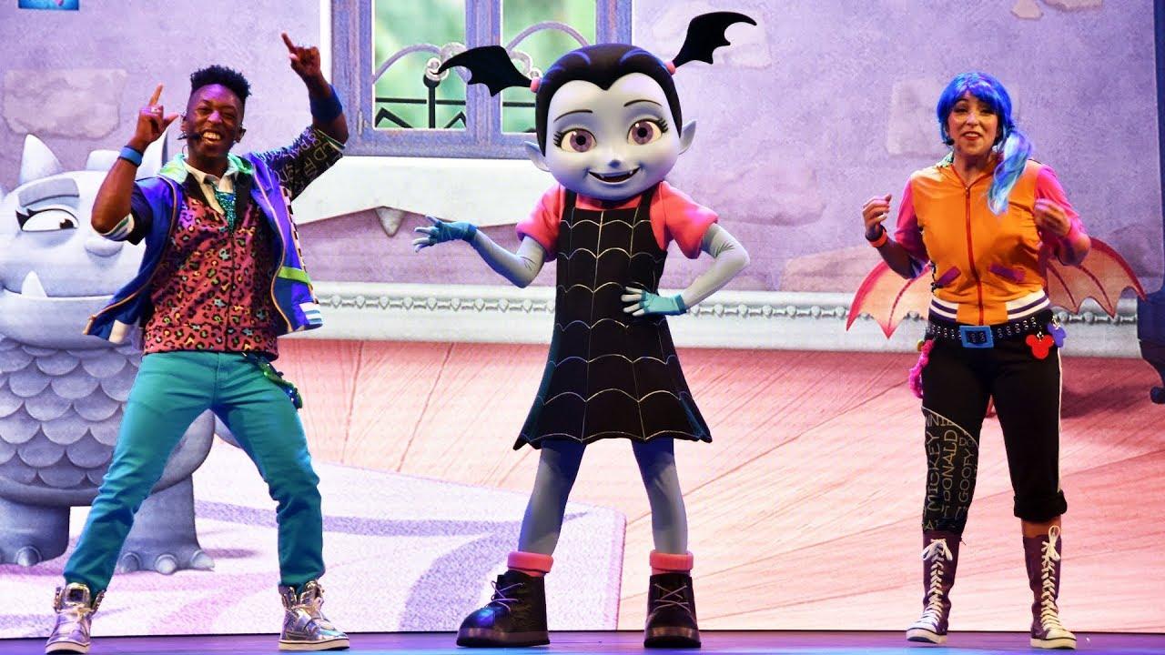 4c14ca80e33 NEW Disney Junior Dance Party Full Show at Hollywood Studios with  Vampirina