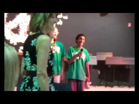 Halleck Bluffview Montessori Singers