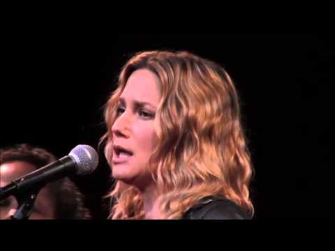 "Jennifer Nettles Performs ""Drunk In Heels"" at CMT's Next Women of Country"