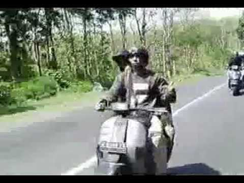 i love u vespa_pasukan scooter