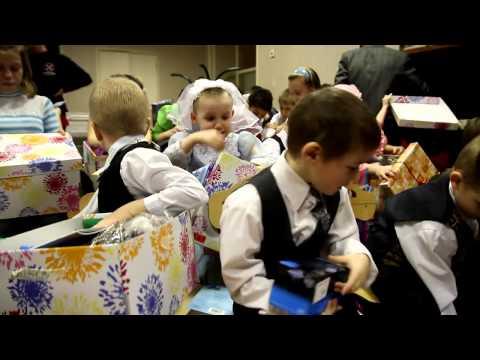 """Акция """"Рождественская коробочка"""". Село Обухово, МО. 2012 год."""