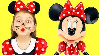 Elsa Wants to Dress up like Minnie Mouse   Disney Kids Costumes and Makeup Cosplay   Super Elsa