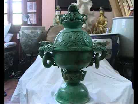 Antiques for sale in Vietnam 01