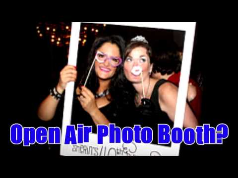 open air photo booth vs enclosed photo booth