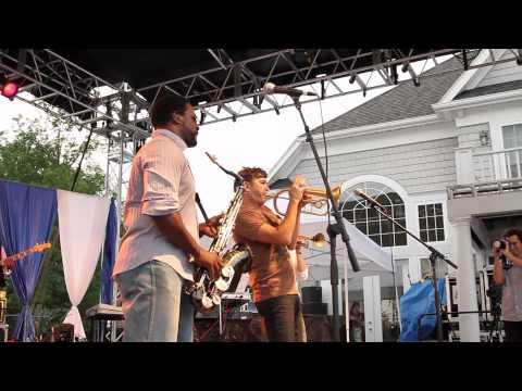Grazing in the Grass, Use Me (Rick Braun + Everette Harp)