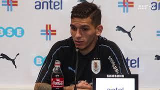Lucas Torreira y Diego Laxalt en conferencia de prensa (22/6/18)