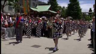 平成25年6月2日 毎月第一日曜日の正午から、浅草神社(三社様)の境内に...