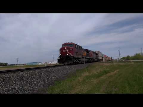 FAST Canadian Pacific Rail 9807/9651/8624 - Intermodal Freight Load