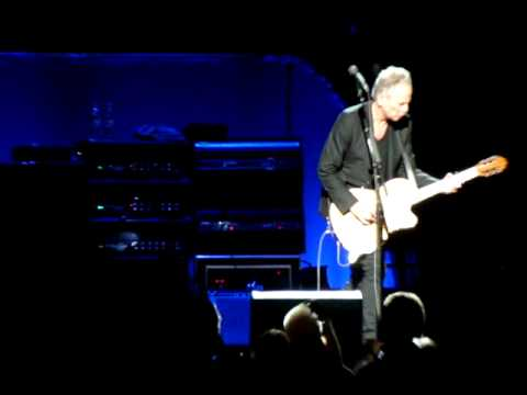 Fleetwood Mac -Big Love (acoustic, solo Lindsey Buckingham) (Berlin, O2 World, 16. 10. 2013)