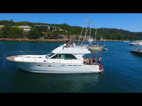 Boating In Sydney Harbour - Spring Cove