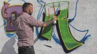 How to Draw an R | Graffiti
