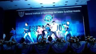 Cresscendo'17 Final year dance | 3B