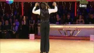 Azra AKIN Yok Böyle Dans 12 hafta Defne JoyFoster beraber Performansları - 30 Oc