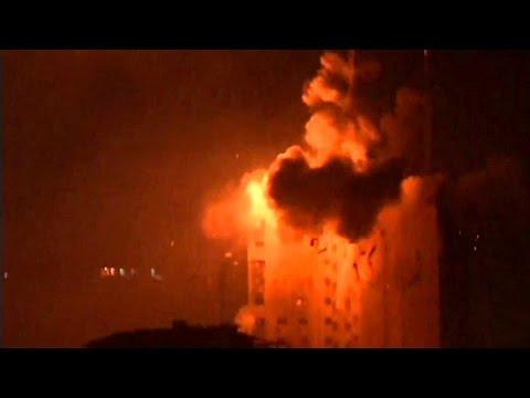 Israel bombardea Gaza - BBC Mundo