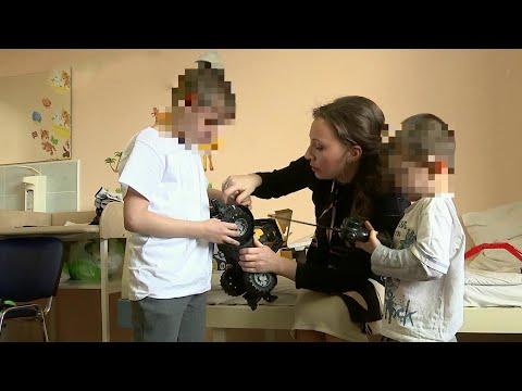 """Полиция нашла отца, бросившего детей в аэропорту """"Шереметьево""""."""