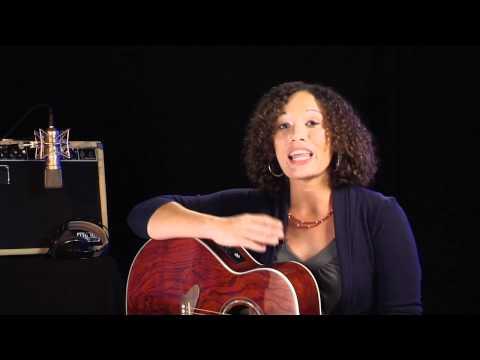 Meet Daisy Rock Artist, Julia Jordan