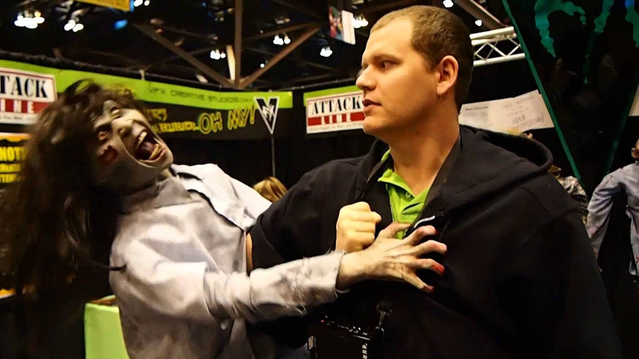 transworld 2013 st louis halloween expo attack line zombie puppet youtube - Puppet Halloween