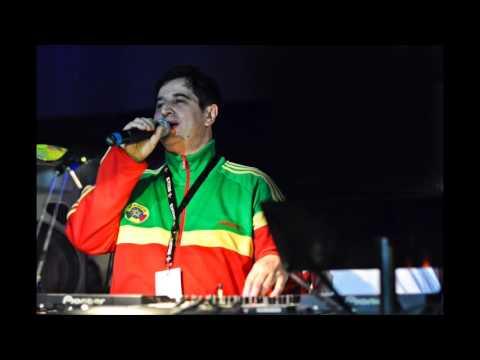 Vito War - Reggae Radio Station Italy - Carlton Livingston – Still Single  - Yah Man Records