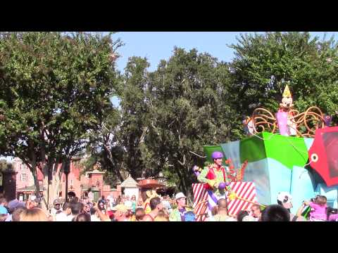 Magic Kingdom - Move It! Shake it! Dance and Play It!