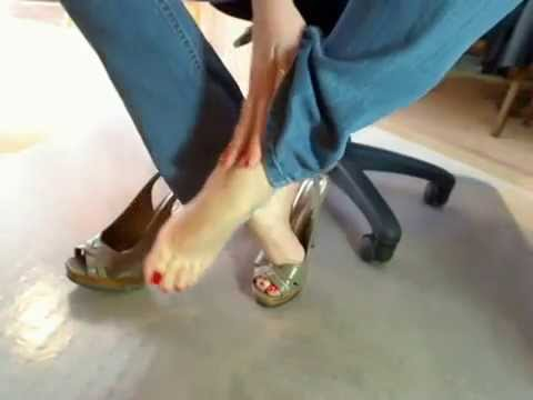 image Footplay to protect toenails and sexy feet