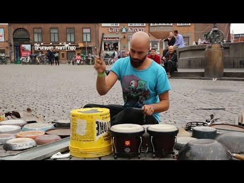 Dario Rossi playing @ Strøget Copenhagen