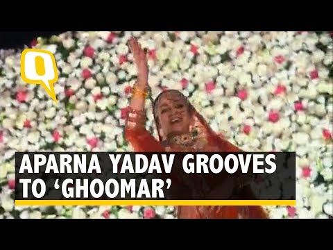 Mulayam's Bahu Aparna Yadav Dances to 'Ghoomar', Is This Viral Yet? | The Quint