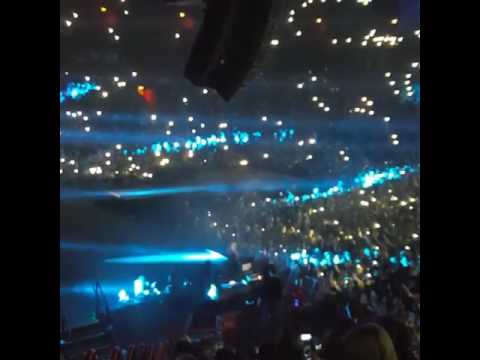 Marcus & Martinus - Entrance in the stage (at GLOBEN, STOCKHOLM!!!)
