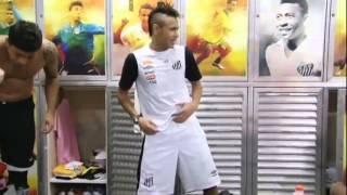Neymar igra uz Michel Teló - Ai Se Eu Te Pego (Nosa,nosa)