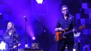 """Sometimes I Cry"" Chris Stapleton@Giant Center Hershey, PA 8/10/17"