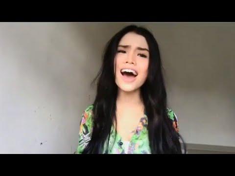 Merdunya suara Bella Astillah nyanyi lagu Di Matamu (Sufian Suhaimi)