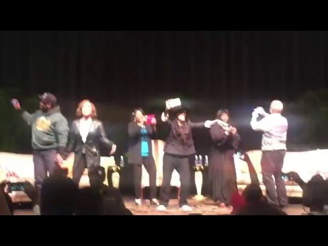 Different World Cast gets Audience to sing their theme song 4-16-16